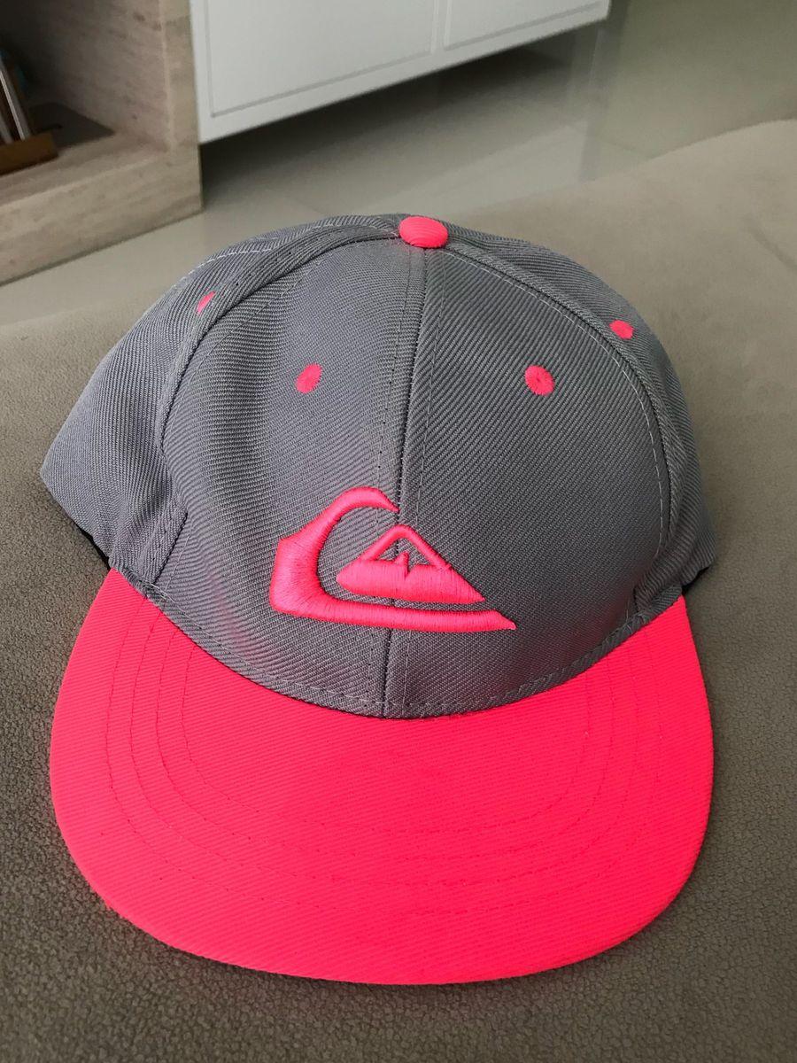 boné quiksilver - chapeu quiksilver.  Czm6ly9wag90b3muzw5qb2vplmnvbs5ici9wcm9kdwn0cy81njq0mziylze3zmniodlmm2m4ogizmge3yzdmmjuymguwnzi0nmzilmpwzw  ... d58c76edeca