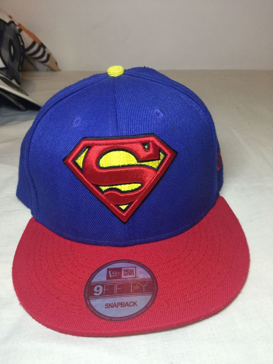 boné superman new era dc - bonés new era.  Czm6ly9wag90b3muzw5qb2vplmnvbs5ici9wcm9kdwn0cy82mji0mzevzdi0mwi0m2ywmmq3ymywyjezmtflmduzndqwzjc5ytuuanbn  ... 98074b1cf82