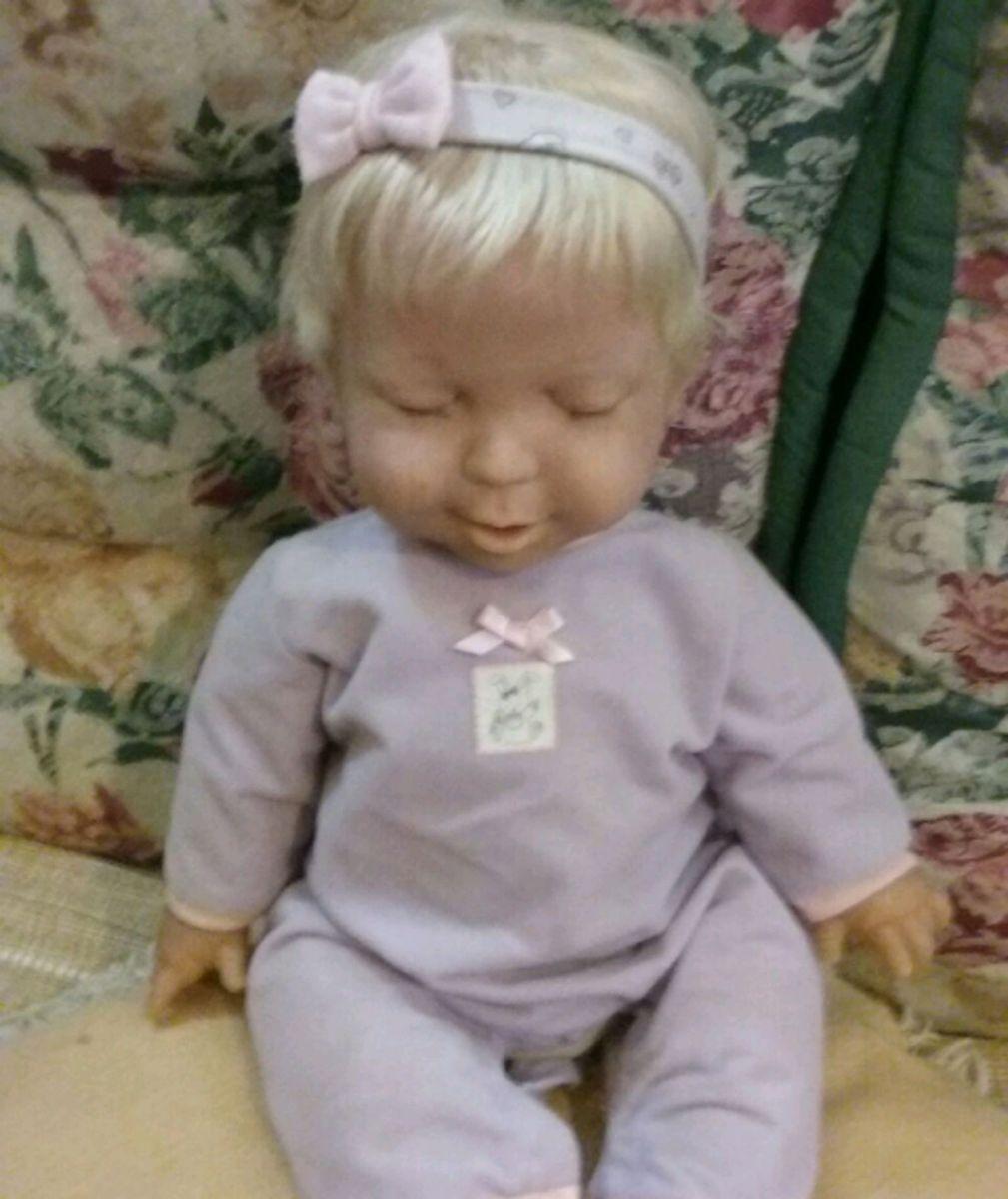 97d9ceb2c5 boneca miracke baby  parece baby alive - pequeninos sem marca