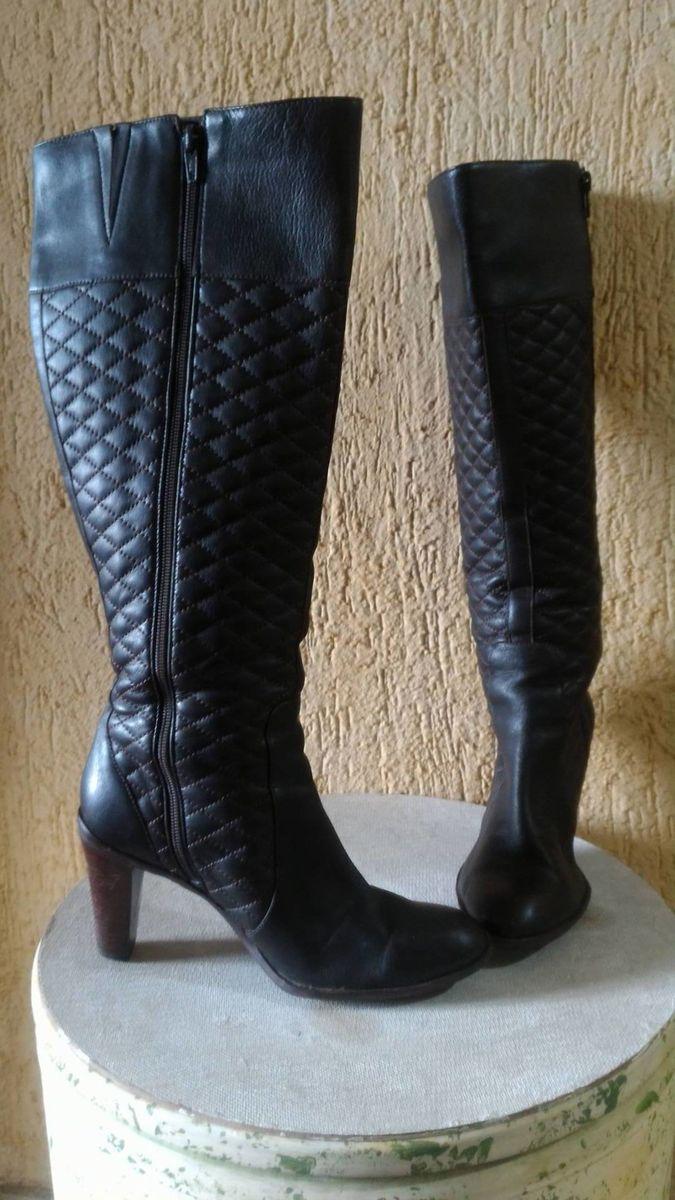 c3c6d5a55e bota cano longo - botas shoestock.  Czm6ly9wag90b3muzw5qb2vplmnvbs5ici9wcm9kdwn0cy80mduwotevyte0mjlinzzkytexndg3ody1yju2m2qzztfintq4odguanbn