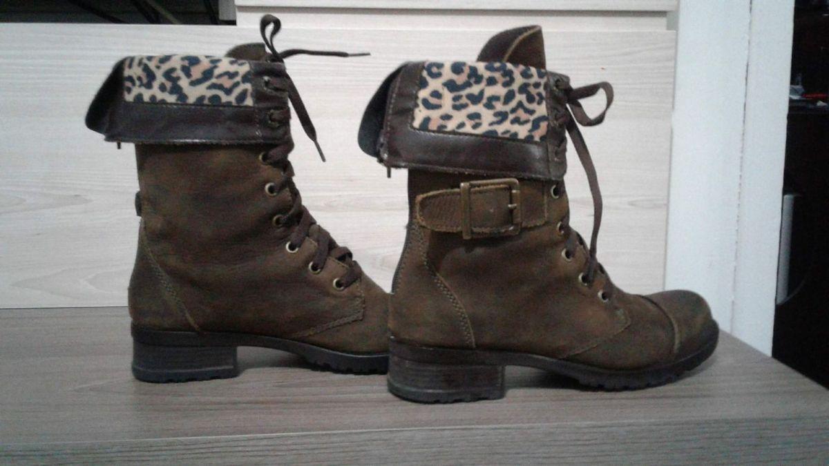 9c967882e bota coturno desmond - botas desmond.  Czm6ly9wag90b3muzw5qb2vplmnvbs5ici9wcm9kdwn0cy8xmdq2mtu5lzi2ytjkzjk1zjewmgfmywrizgiwytcxn2vjzgzlodkzlmpwzw