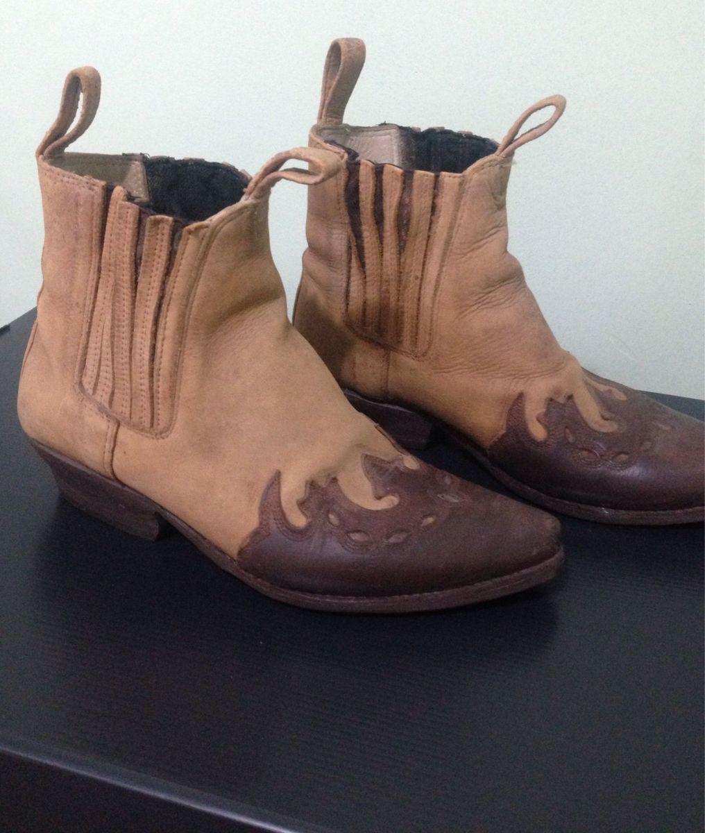 bota de cowboy - masculina - botas capodarte.  Czm6ly9wag90b3muzw5qb2vplmnvbs5ici9wcm9kdwn0cy80nzgymjc4l2ezzgmwzdyxythjotgxodq1nti0nwzmodlimtg0ntmwlmpwzw  ... 9df7b18d5ea