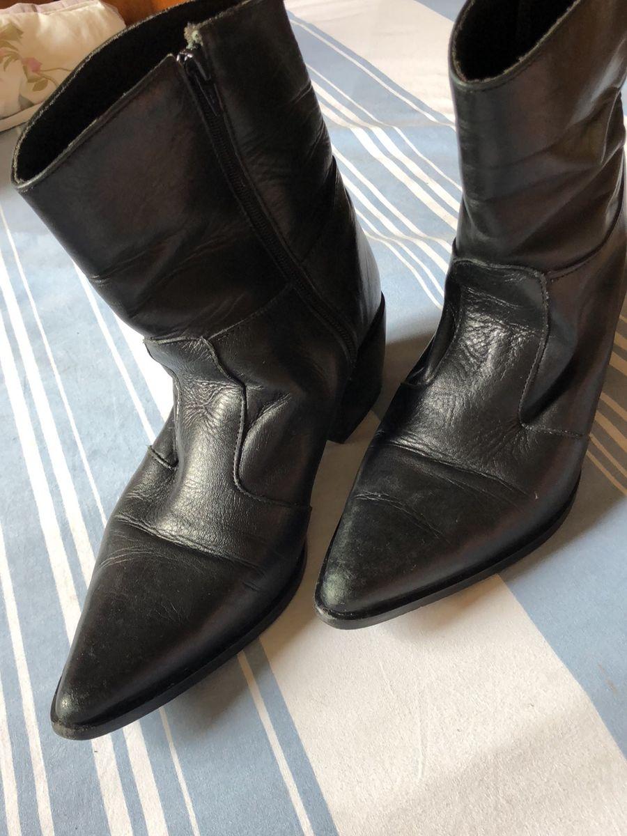 bota em couro preta - botas sem marca
