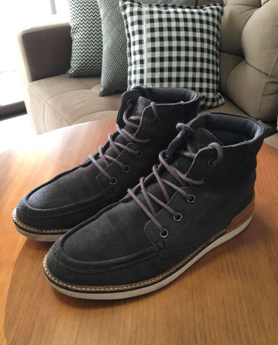 af55b2f36c5 bota lacoste exclusiva - botas lacoste.  Czm6ly9wag90b3muzw5qb2vplmnvbs5ici9wcm9kdwn0cy8ymzaynjevownmodfmm2uzmjnjzdjhn2mxodizm2iwmty2zdewnwmuanbn  ...