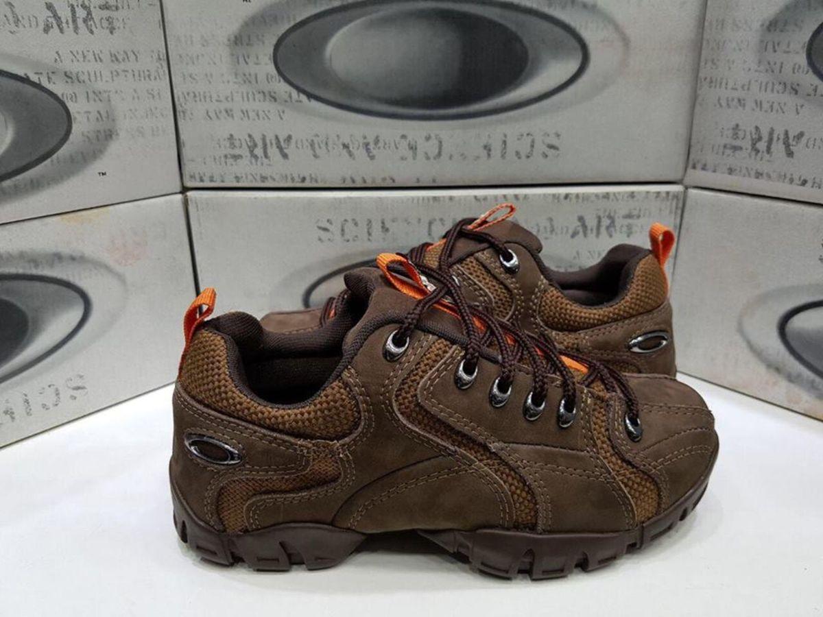 686690234d305 bota oakley flak low 1.2 original na caixa masculina e feminina - botas  oakley