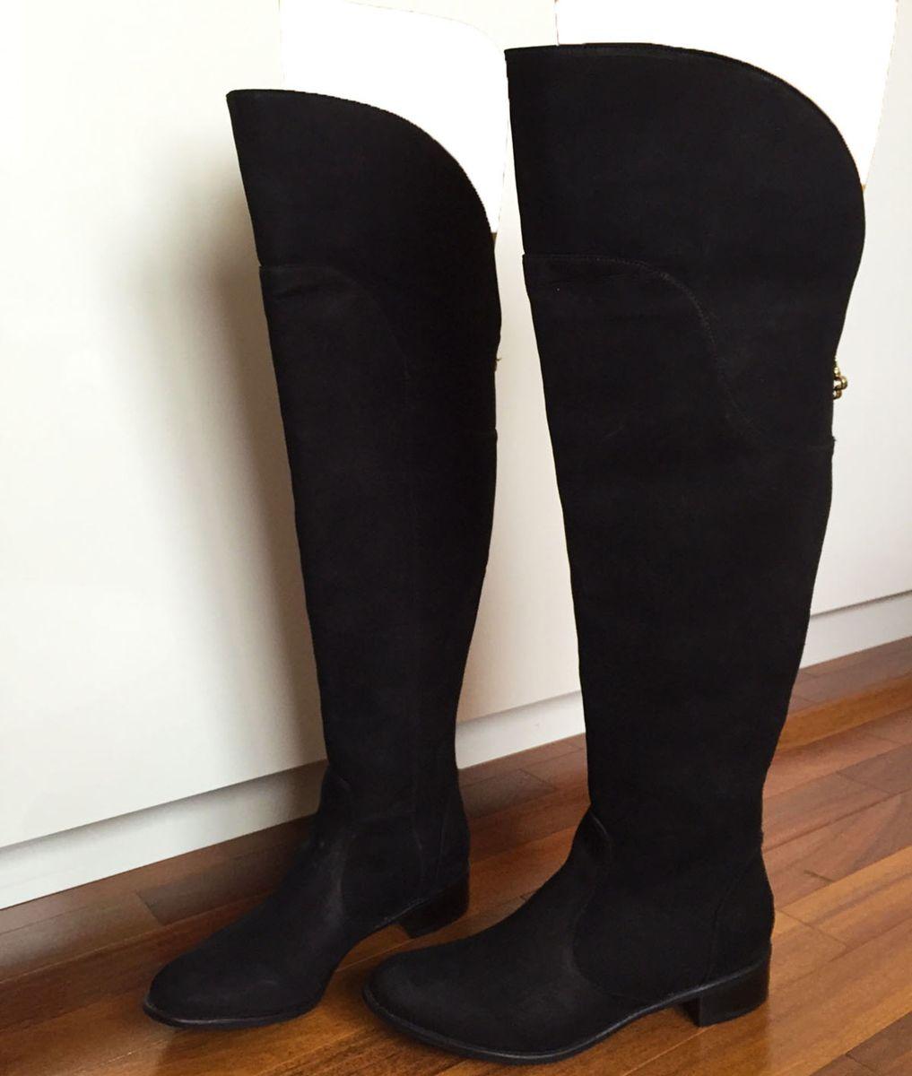 b63446f94 ... em nobuck preto - capodarte - botas capodarte.  Czm6ly9wag90b3muzw5qb2vplmnvbs5ici9wcm9kdwn0cy84nzm5otevyzvinwnkyjhhmddjnjfky2u0odk3zwfhyjbhzjbmnzguanbn