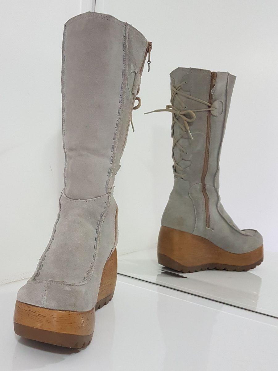 27591cb5e62 bota plataforma camurça dakota - botas dakota.  Czm6ly9wag90b3muzw5qb2vplmnvbs5ici9wcm9kdwn0cy85oti4mzyvowq2njfjmtcymji0otzknmfhyzgzotu3nty4odqyowmuanbn  ...