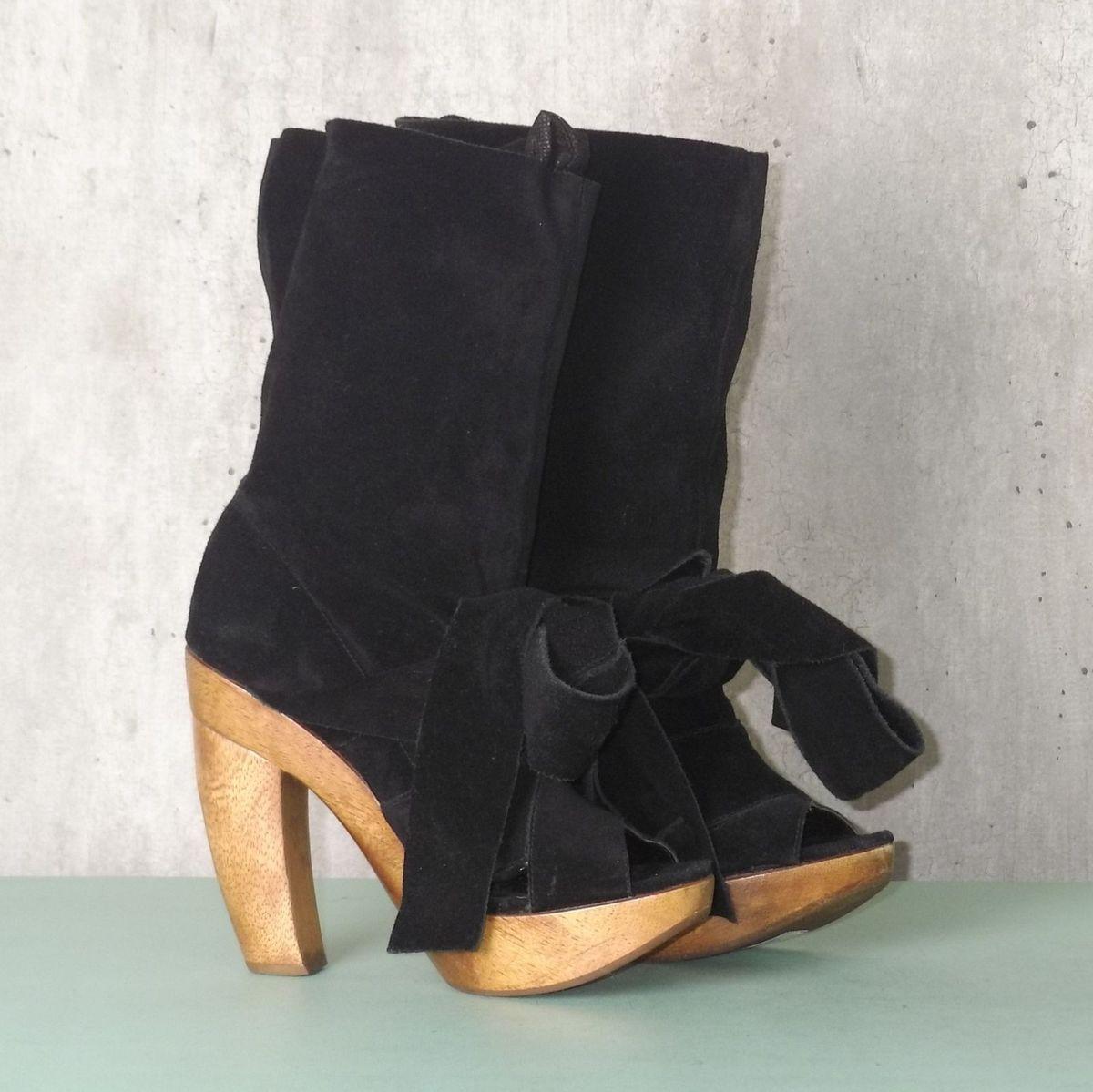 41a2504055 bota preta com recorte schutz - sandálias schutz.  Czm6ly9wag90b3muzw5qb2vplmnvbs5ici9wcm9kdwn0cy83mzk0mtqxlziyyzdiotkyowq4yzgzmgu3mwu3nwm4yzjkmduxowmxlmpwzw  ...