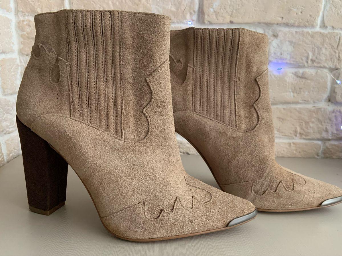 ᴘɪɴᴛᴇʀᴇsᴛ ⋆ susganna   Sapatos crocs, Crocs feminino, Sapatos