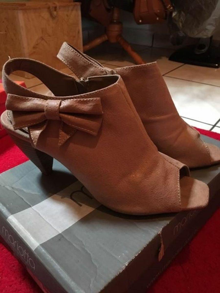c3591ae34 ... de salto aberta na frente - sapatos mariotta.  Czm6ly9wag90b3muzw5qb2vplmnvbs5ici9wcm9kdwn0cy83mjqynjixlzdmzmqwzjhlnzezyzi5nja1ztuxogu2ywy0n2fhotbilmpwzw