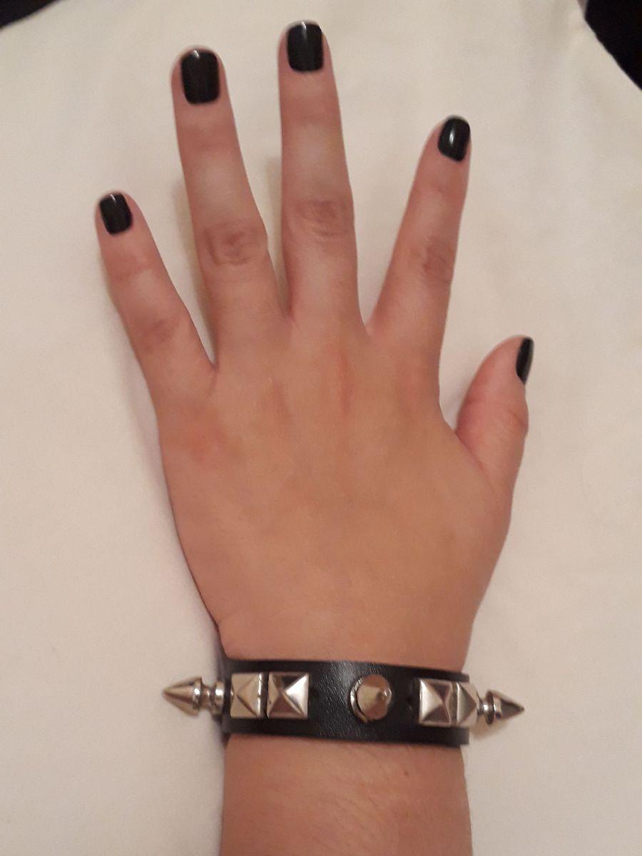 bracelete rock'n'roll - música sem marca