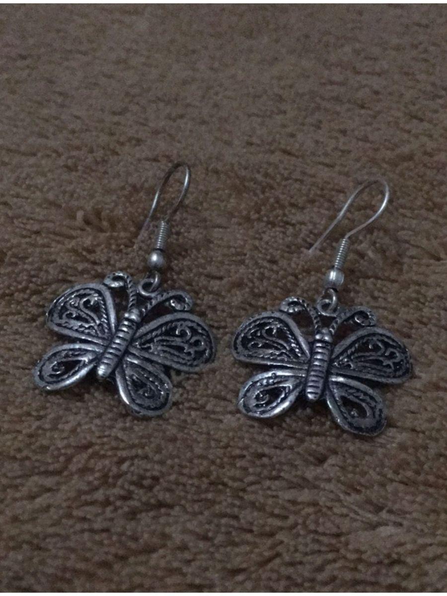 brinco borboleta - bijoux sem marca