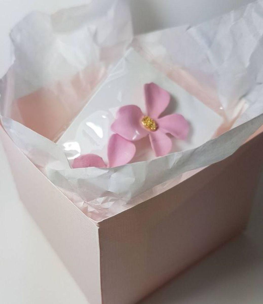 brinco flor rose - bijoux sem marca