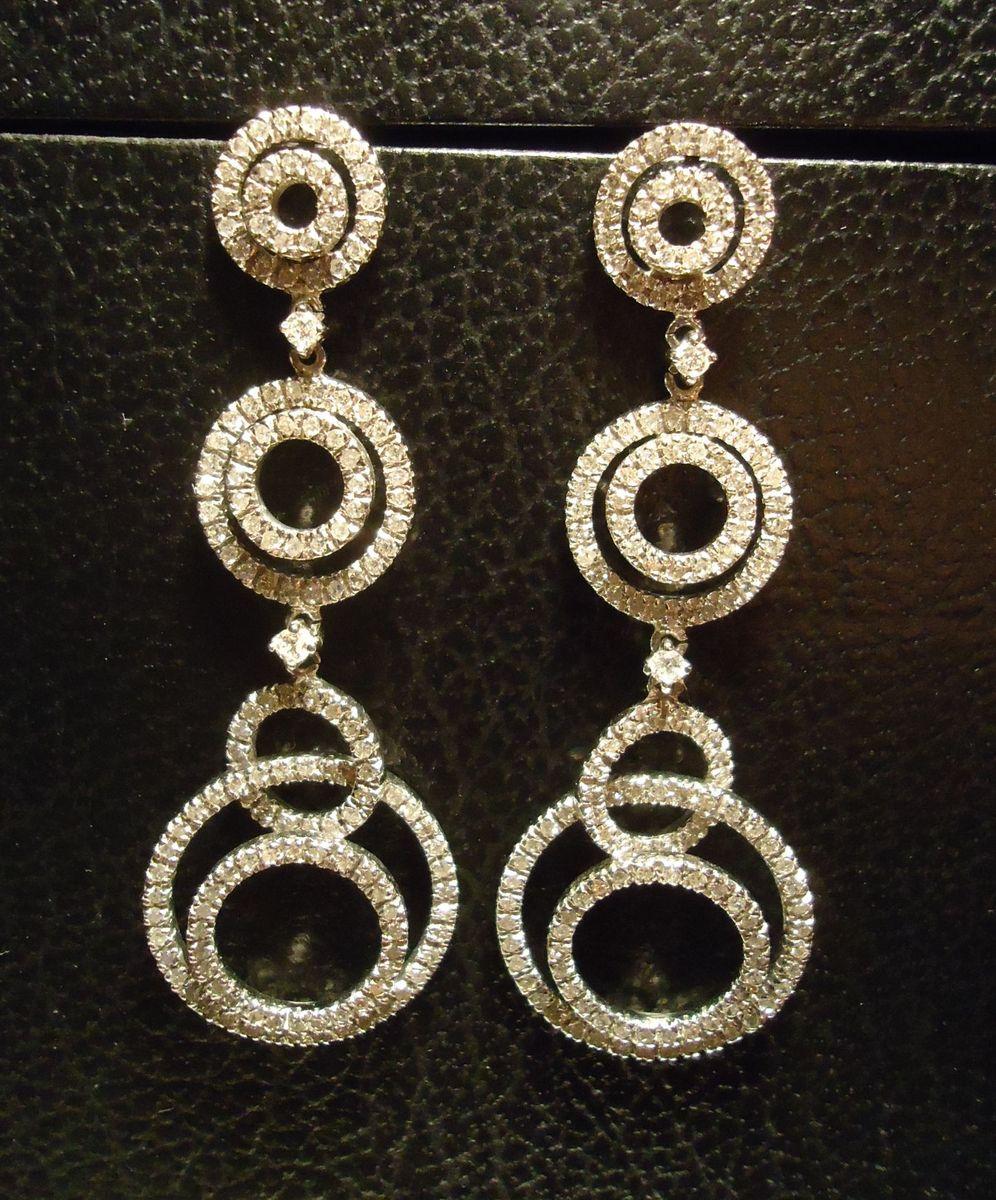 c003a227d7db3 brinco poderoso em ouro branco e diamantes celebs vivara! - jóias vivara