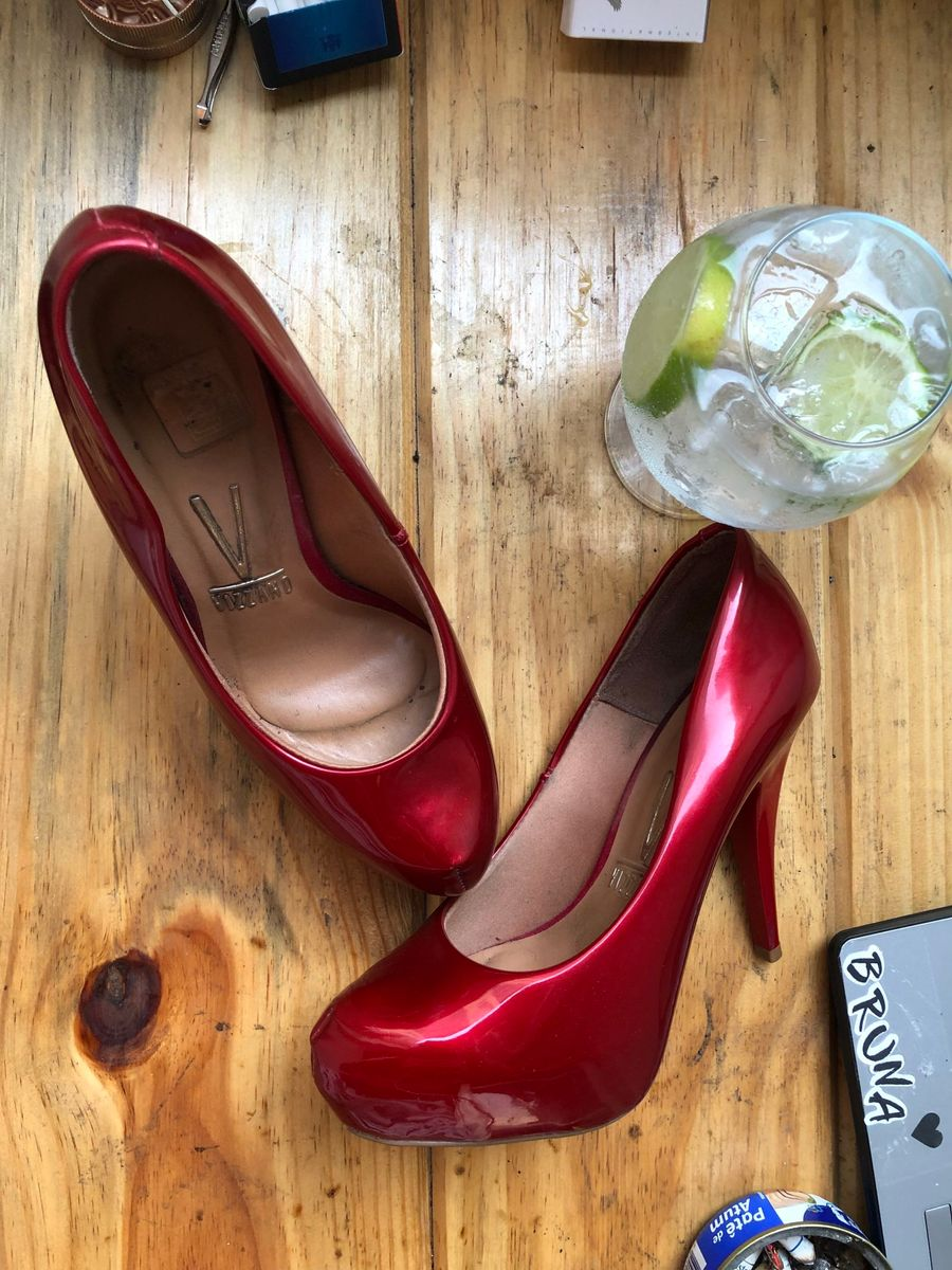 0befb4fcd8 c-c-cherry bomb! salto 37 vermelho cereja - sapatos vizzano