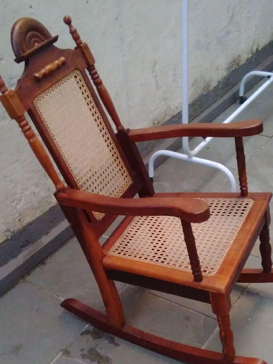 Image of: Cadeira De Balanco Antiga Cadeira Madeira Usado 40864606 Enjoei