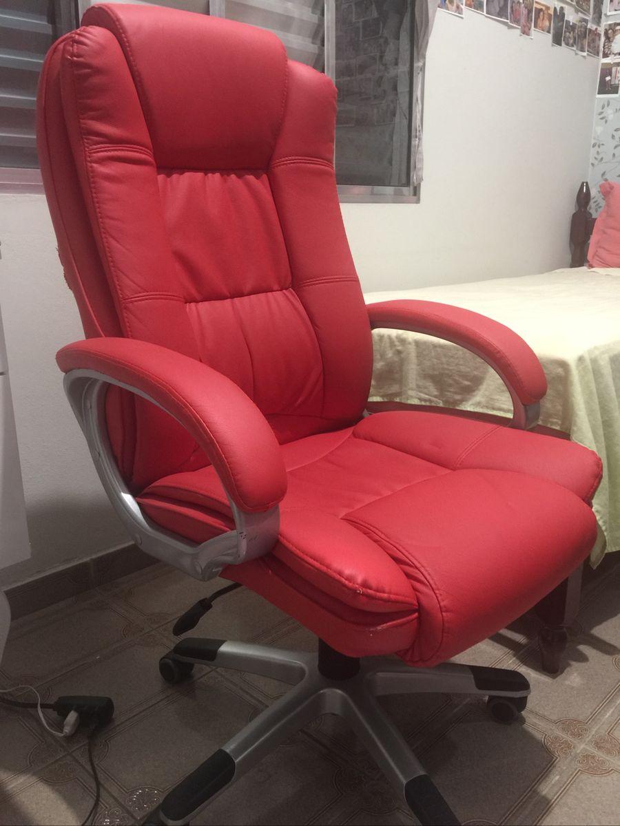 Cadeira Giratoria Estilo Presidente Almofadada Vermelha Sintetico Cadeira Lenharo Usado 31922912 Enjoei