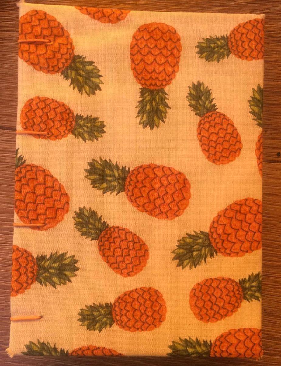 caderninho artesanal de abacaxi - papelaria merak