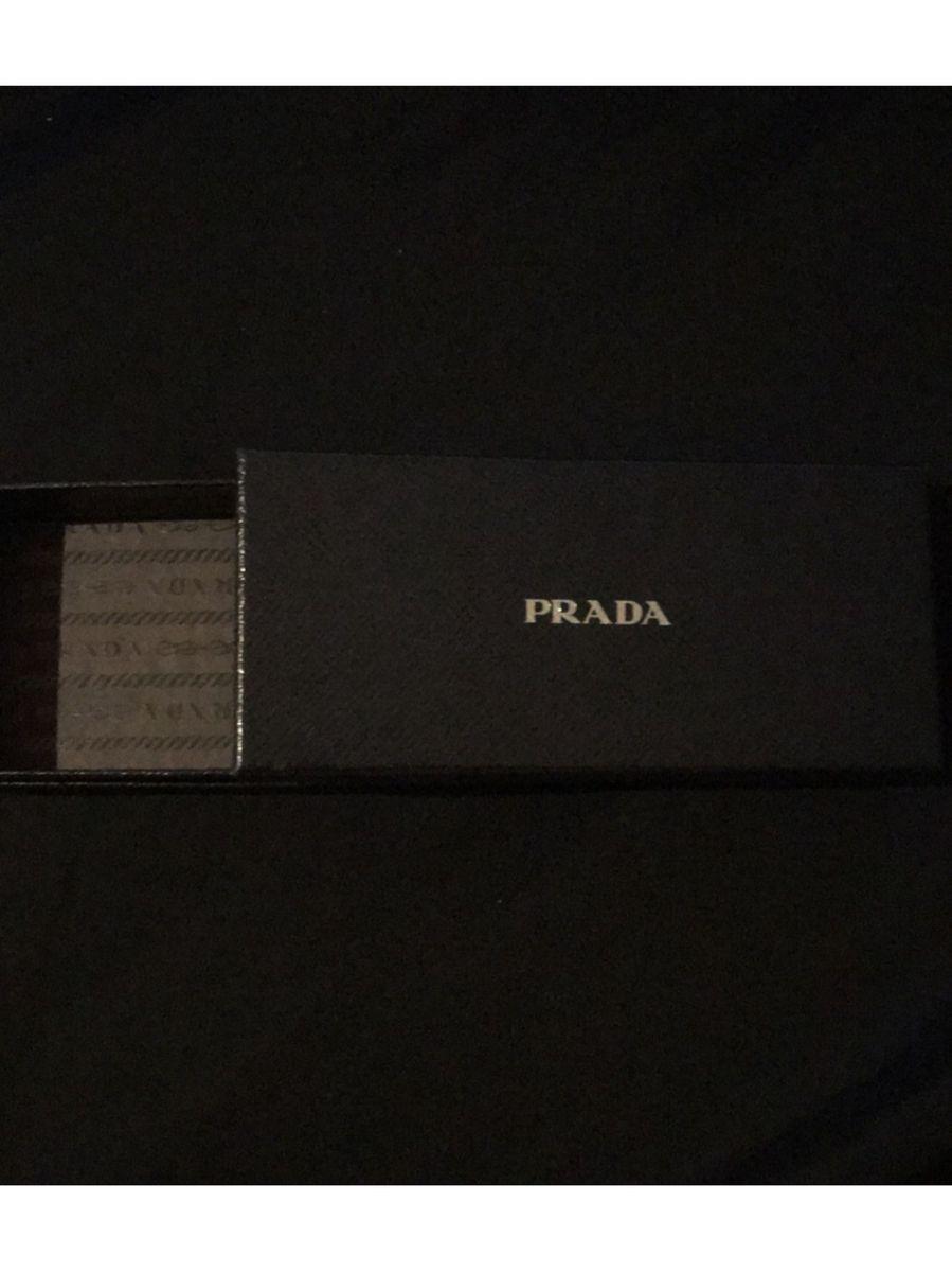 583e49dfb574a caixa óculos prada - óculos prada.  Czm6ly9wag90b3muzw5qb2vplmnvbs5ici9wcm9kdwn0cy84mju5njavyta0zde5nzdjmjuxyze5mzc3nwqzndiwndyyyjm3mmquanbn  ...