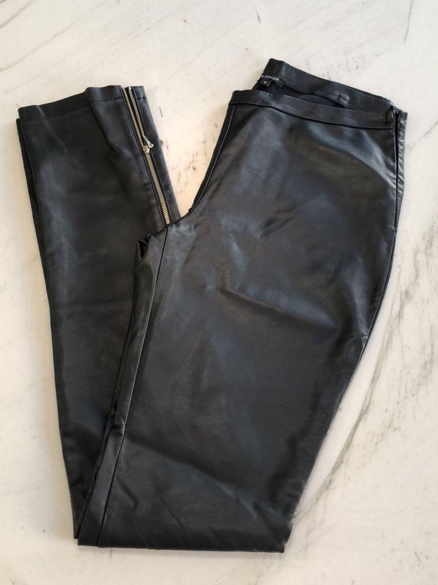 calça couro ecológico - calças m-officer