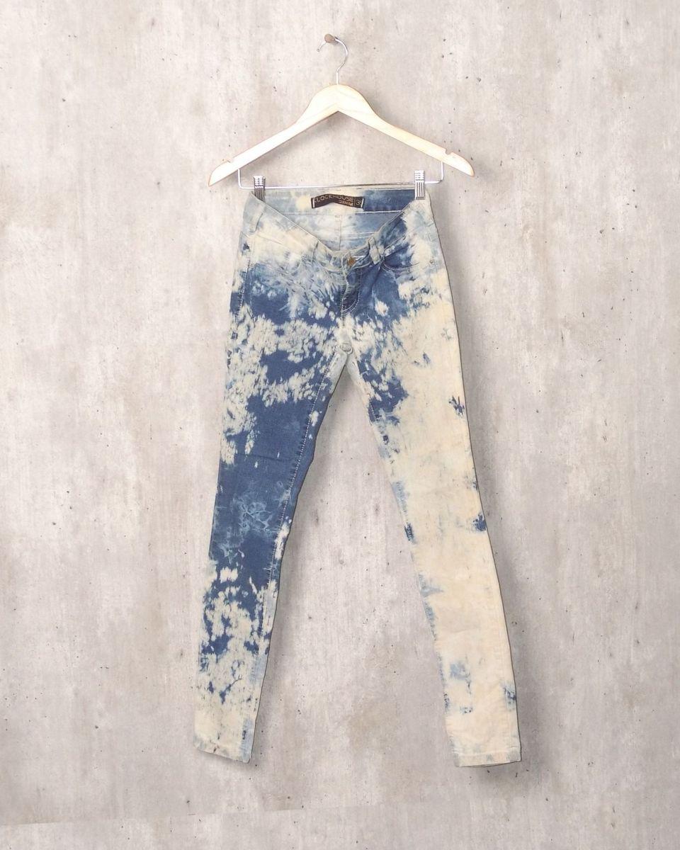 638f2588b calça jeans azul manchada - calças clock denim.  Czm6ly9wag90b3muzw5qb2vplmnvbs5ici9wcm9kdwn0cy83mzk0mtqxl2zlm2exnjjjzju5yzvintjjzmu3owfjnjniytq4ymi3lmpwzw