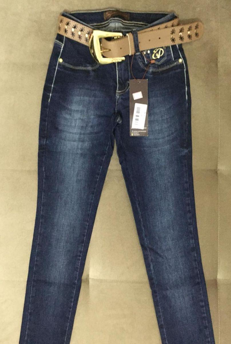 462f36c01 calça jeans emporio - calças emporio jeans.  Czm6ly9wag90b3muzw5qb2vplmnvbs5ici9wcm9kdwn0cy8xmdu1otc3os85njvjowmyyjq3mjcymzezzgjhotm5mmjmndq1n2u1mi5qcgc