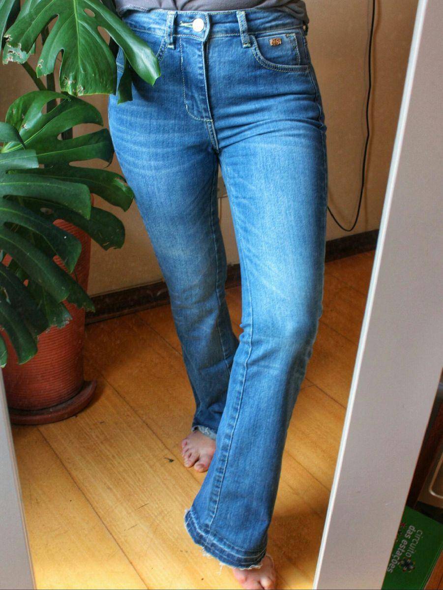 93435379e Calça Jeans Flare Cintura Alta Triton   Calça Feminina Triton Nunca ...