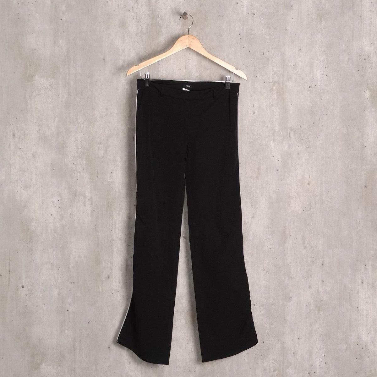calça preta reta forum - calças forum