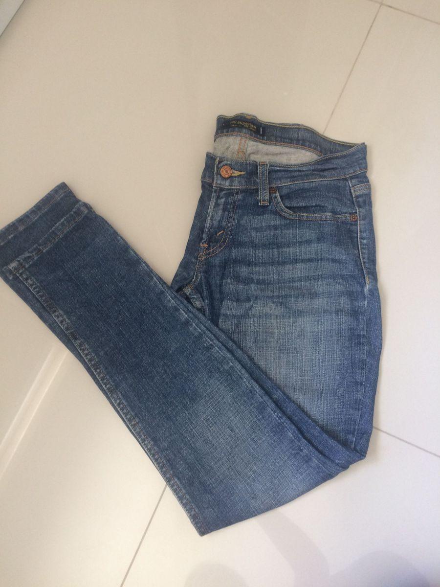 calça skini - calças levis