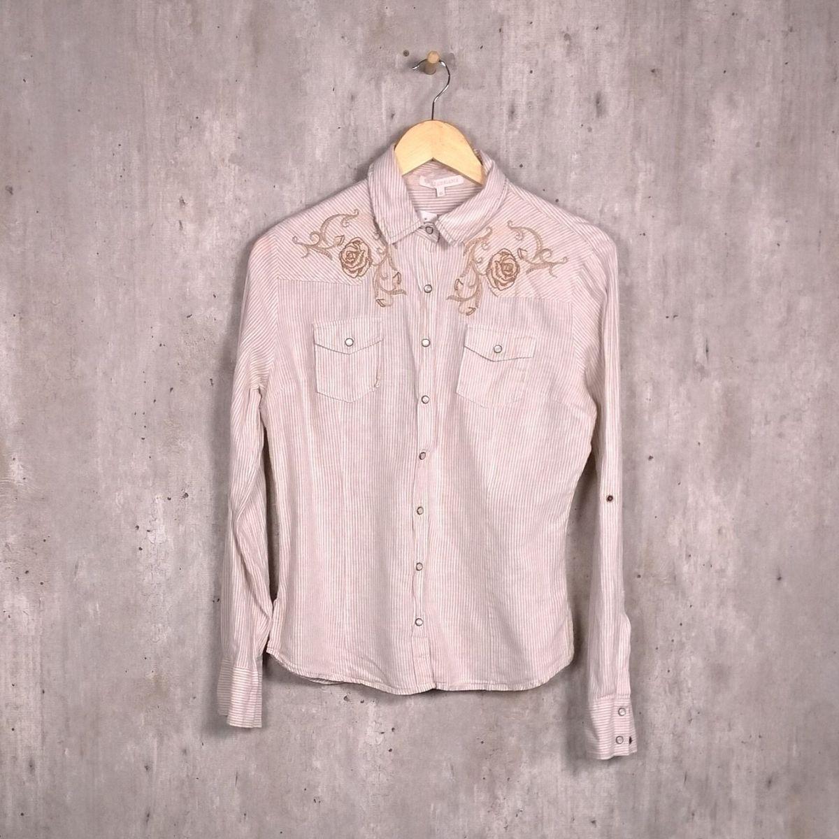 085988e97 Camisa Bege Listrada