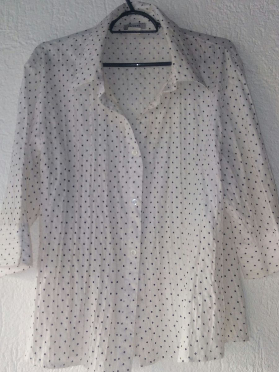 fdf95c37cf camisa branca bolinhas preta - camisas sem-marca.  Czm6ly9wag90b3muzw5qb2vplmnvbs5ici9wcm9kdwn0cy81nji4nde3lzg0nmyxmjewmdg1ogflymrlnmu0ywqxzte1oduwmzyylmpwzw