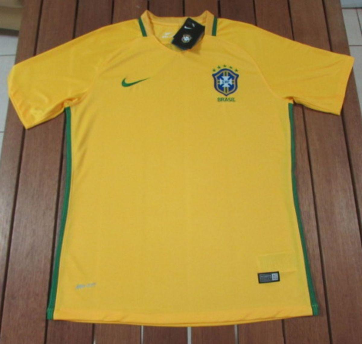 camisa brasil 16 17 versão torcedor - esportes nike 32b208afda0a9