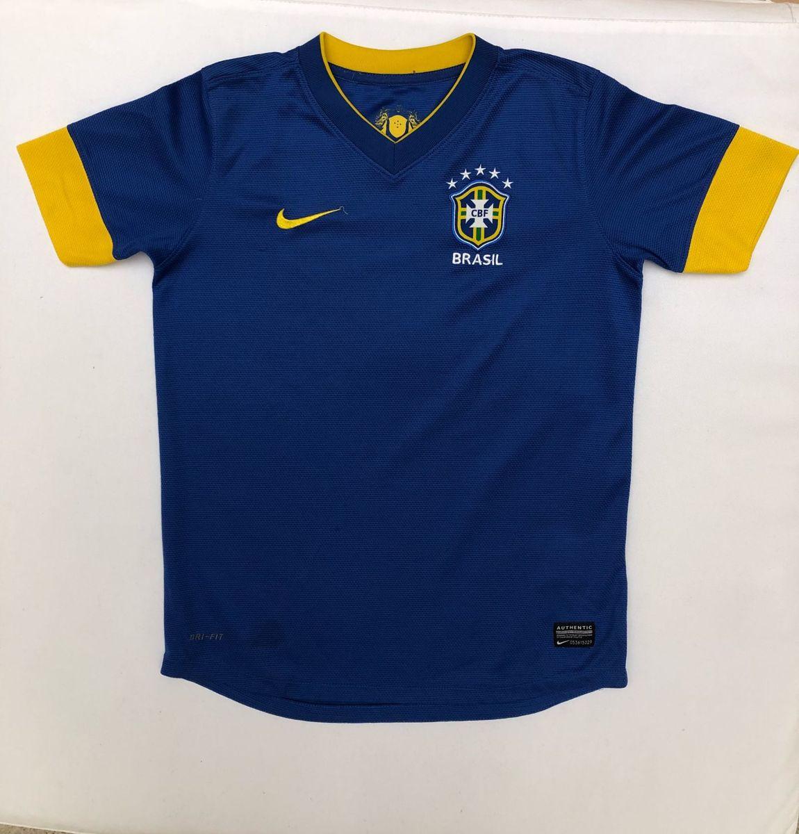 camisa brasil infantil tam m nike - menino nike.  Czm6ly9wag90b3muzw5qb2vplmnvbs5ici9wcm9kdwn0cy83oda5mdy4l2q5mwi0mgfjngy2ntvkmtuynjkzmgexntnhndu4ztnjlmpwzw  ... 2e18361b4d4ad