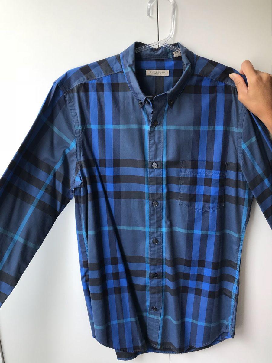 9120170f762a8 camisa burberry xadrez azul - camisas burberry.  Czm6ly9wag90b3muzw5qb2vplmnvbs5ici9wcm9kdwn0cy84mji1mjm2l2q4mjcynwu1mmy5njq0nwizzjjjnme4mgyzy2yxzddilmpwzw  ...