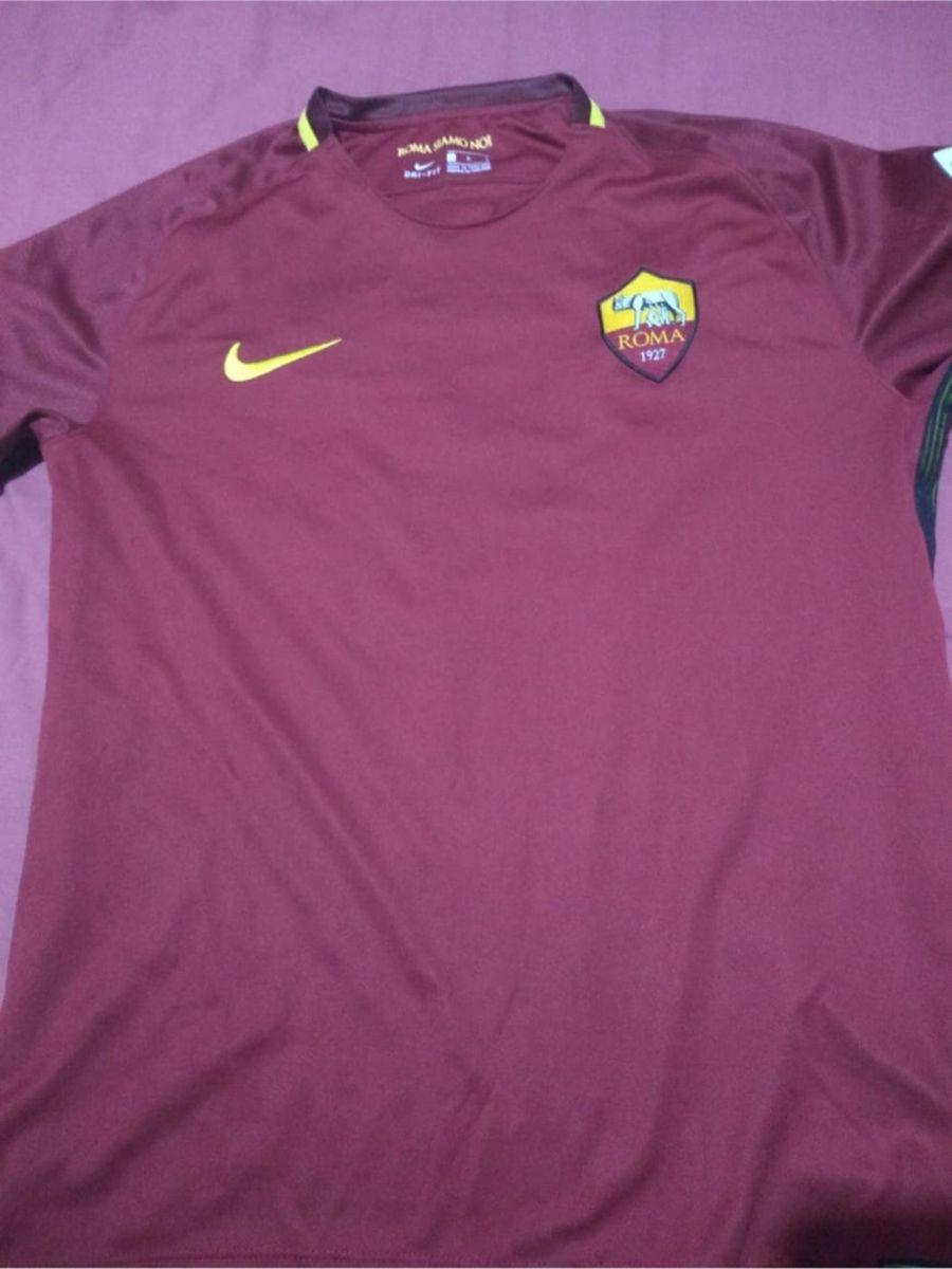 aa9c8db490 camisa da roma 2017 totti - esportes nike.  Czm6ly9wag90b3muzw5qb2vplmnvbs5ici9wcm9kdwn0cy83mtuwmtc3lzizn2jlngrkmjzlmziwnjjhmjgwyzaymty3ytm3mdaxlmpwzw  ...