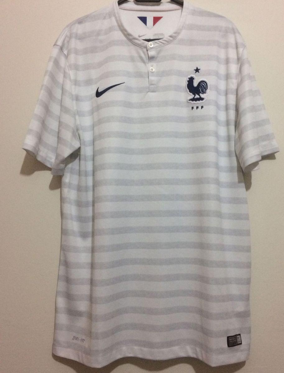 a10673fceafc8 camisa frança 2014 - esportes nike.  Czm6ly9wag90b3muzw5qb2vplmnvbs5ici9wcm9kdwn0cy8ymzkwmjivmgy0zdi1m2y0nzc2njg4njkxm2y2zjuwzjvjnjc4zteuanbn  ...