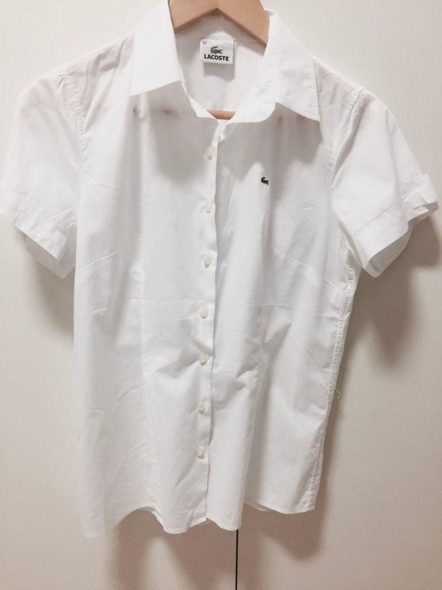 Camisa Lacoste Branca Manga Curta   Camisa Feminina Lacoste Usado ... f1f64a1f10
