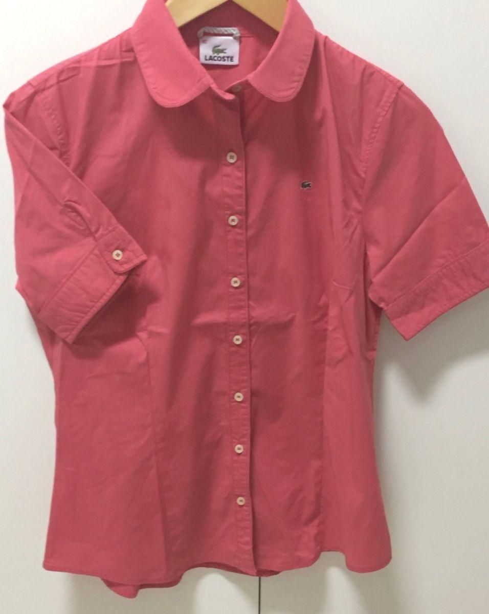 Camisa Lacoste Rosa Manga Curta   Camisa Feminina Lacoste Usado ... e5854e39f8