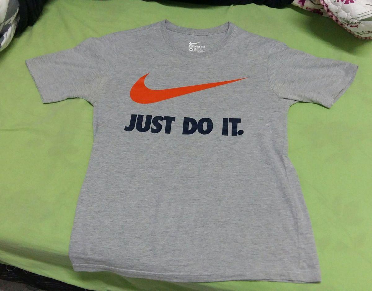3f3c689175fc0 camisa nike original - camisas nike.  Czm6ly9wag90b3muzw5qb2vplmnvbs5ici9wcm9kdwn0cy82otuymzmylza4yjbintc1ody2ogu1mmi3ymq4yzawogy4mge3yzqwlmpwzw  ...