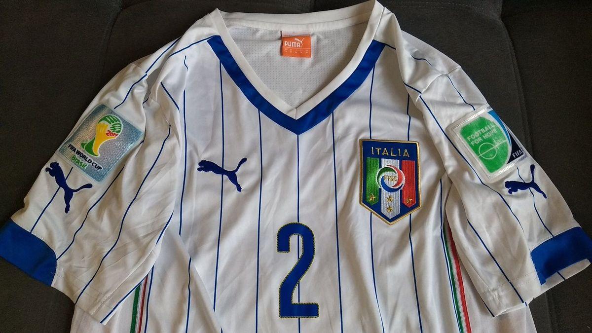 c8367400b32 camisa oficial da puma da seleção da itália - jogador com patches - copa  2014 -
