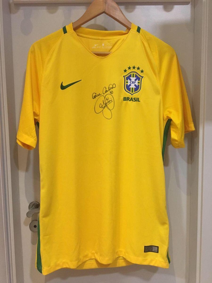 camisa oficial do brasil com autógrafo do neymar jr. - esportes nike 1c45bc56e95d3