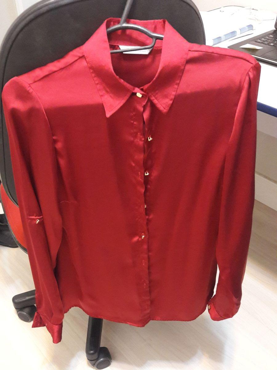bdd43575dc camisa seda vermelha - camisas rabusch.  Czm6ly9wag90b3muzw5qb2vplmnvbs5ici9wcm9kdwn0cy81otgznjixl2vjy2m1nzqzmweymwy2otyymdq1mtg0yzi1nju0y2q1lmpwzw