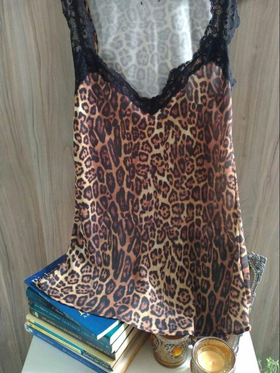 58a4134fc camiseta de seda animal print com renda - blusas sem marca