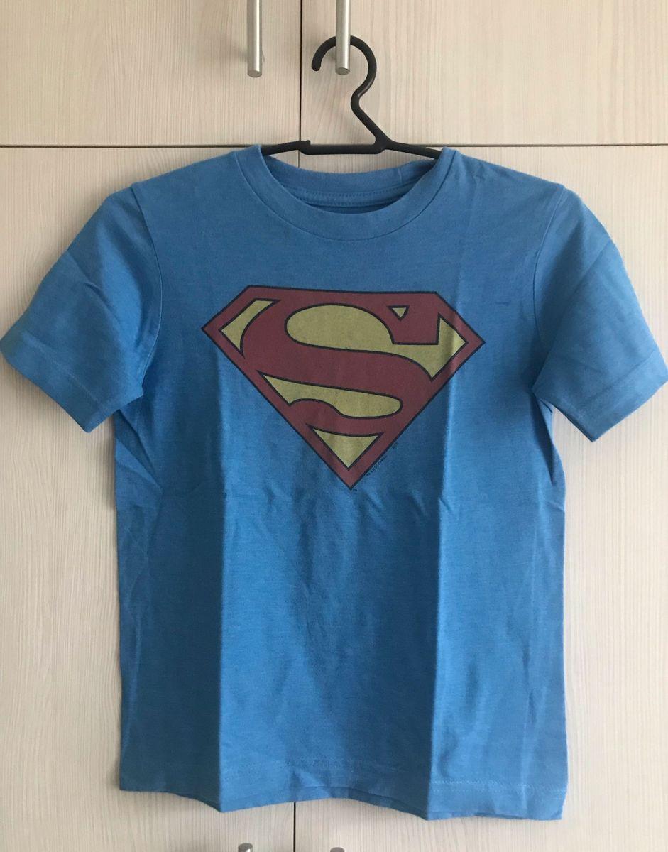 cc6d5db01 camiseta gap super man - menino gap.  Czm6ly9wag90b3muzw5qb2vplmnvbs5ici9wcm9kdwn0cy81mjqznjcxlzc2zjnlywi3njdjyjjlmgjknmnintdlmzu5mji5odjklmpwzw  ...