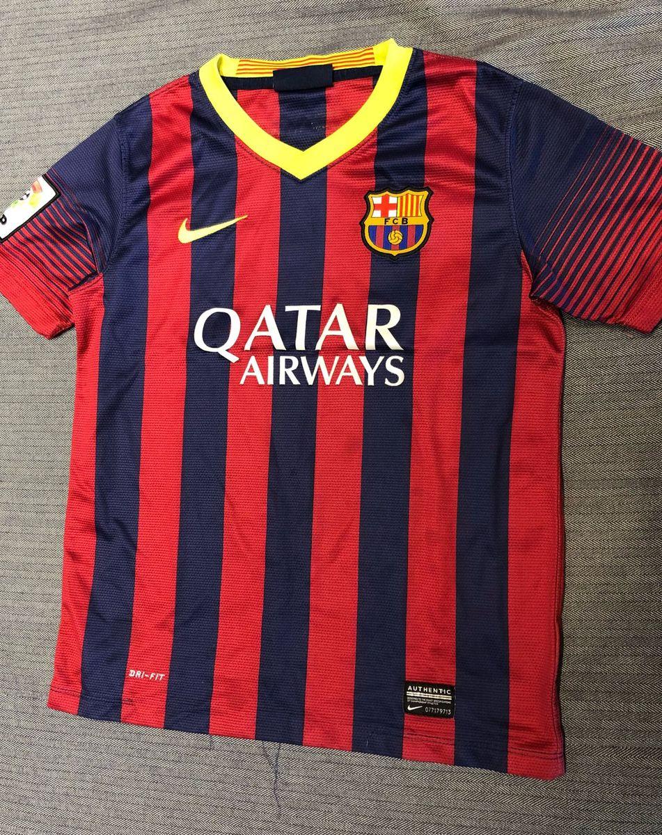 camiseta infantil barcelona - menino nike.  Czm6ly9wag90b3muzw5qb2vplmnvbs5ici9wcm9kdwn0cy83mdc3mjg2l2mxnta2ntbkzmy5zdy0mgu4zwvmmwfioddkzgi4y2m2lmpwzw  ... 2d01dc77620