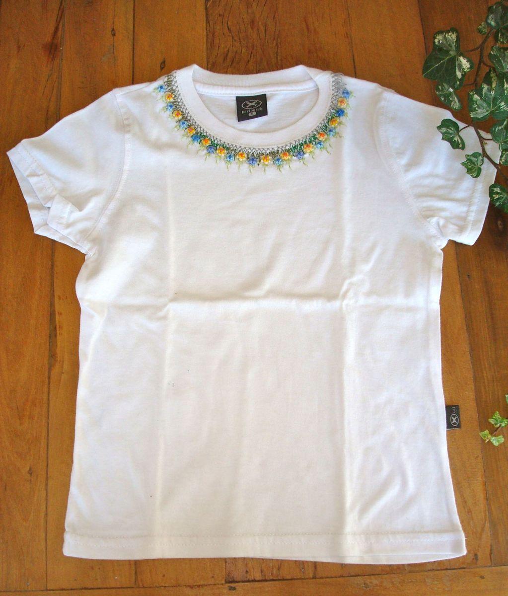 camiseta infantil bordada a mão - menina artesanato da fazenda d61a7d2b16a