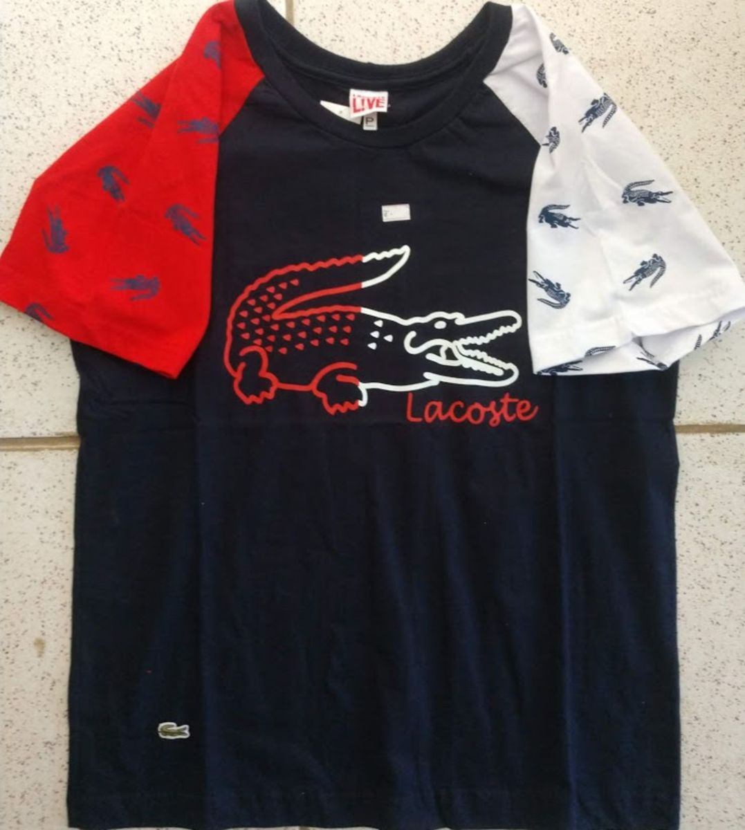 Camiseta Lacoste Estampada Tamanho P   Camiseta Masculina Lacoste ... a440e3d06b