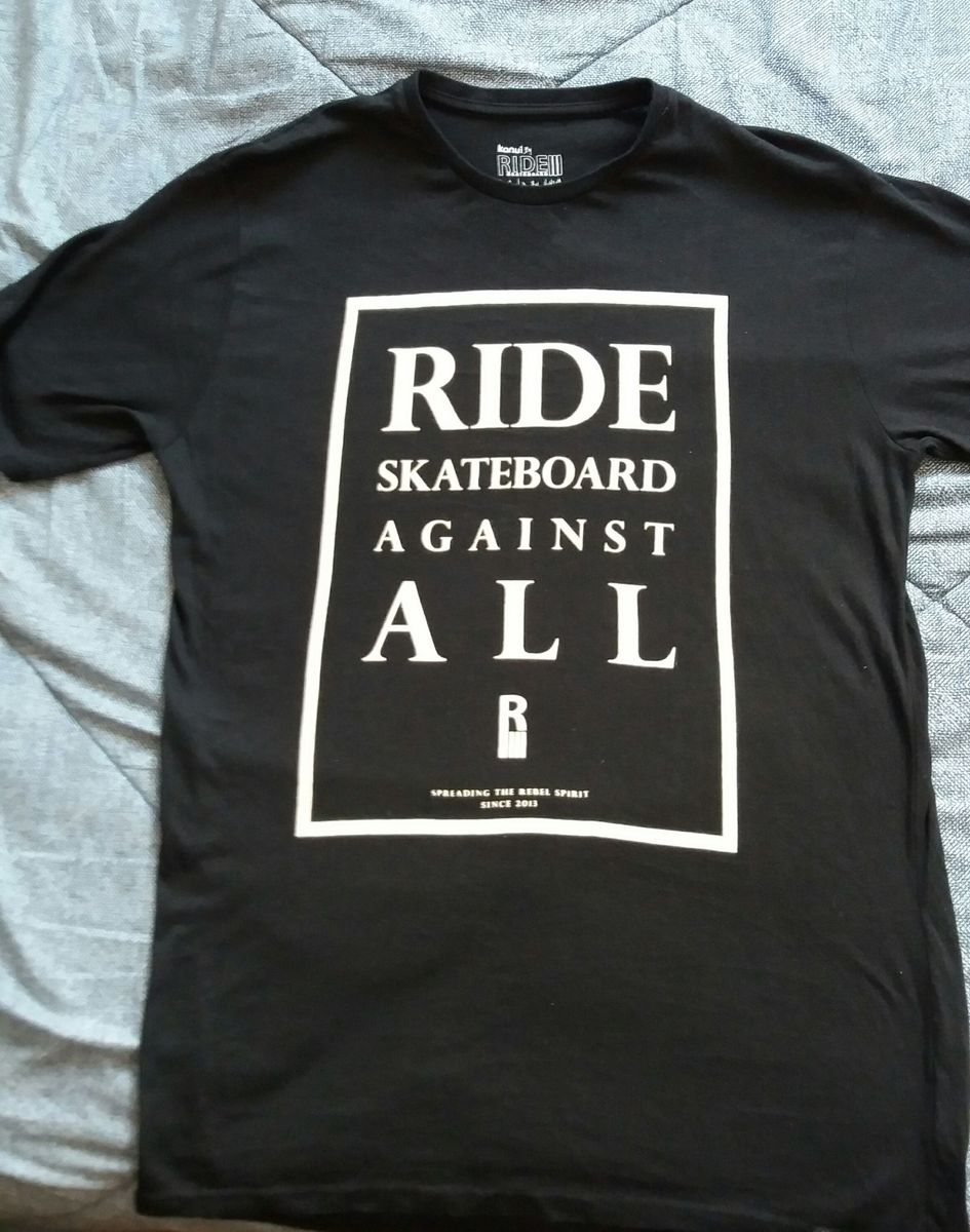 a7d1bf9c82d91 camiseta preta skate - camisetas kanui.  Czm6ly9wag90b3muzw5qb2vplmnvbs5ici9wcm9kdwn0cy80nja0otqvmju1y2jiztu5ndk4mjyzmtgwodq3ndlhzjcxntrkzjguanbn  ...