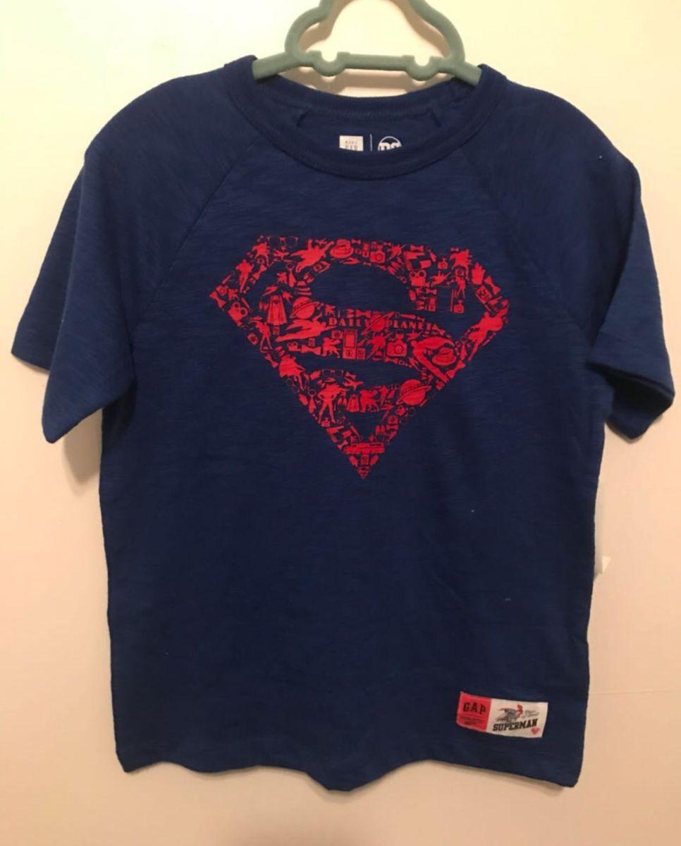 54f45042c camiseta super homem - menino gap.  Czm6ly9wag90b3muzw5qb2vplmnvbs5ici9wcm9kdwn0cy8xmdgzmtgwlzezzda1ndy4mgm0mzgwogzizdkznwmzyzkxzdvhy2m2lmpwzw  ...