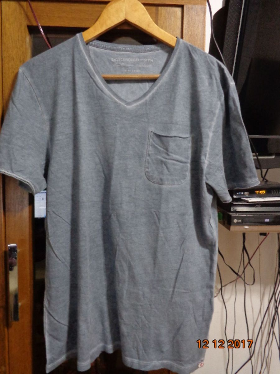 camiseta taco manga curta - cinza desbotado - usada. tamanho p - camisetas  taco 8c84d0ca2f3